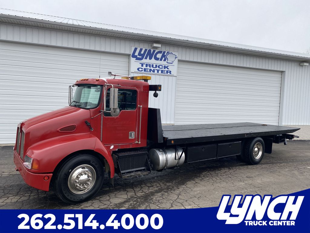 Pre-Owned 2001 Kenworth Kenworth T370 BASE