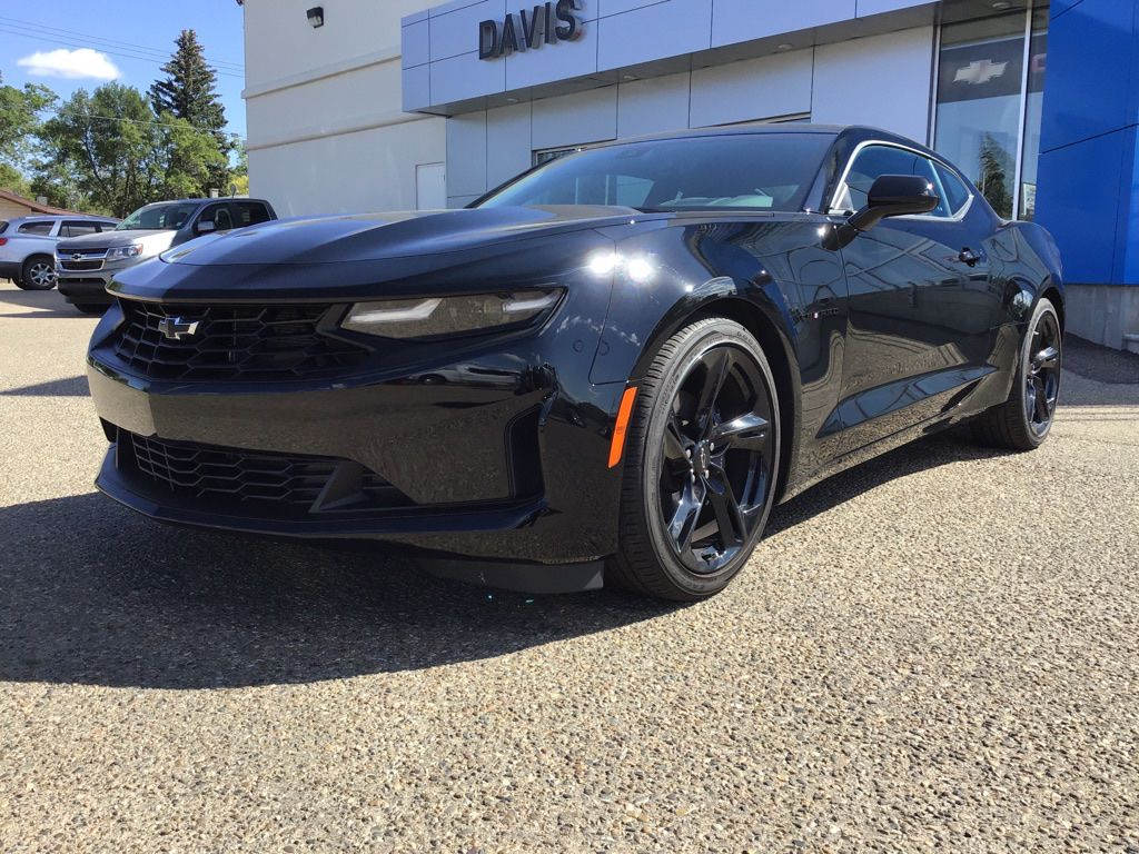 Black 2020 Chevrolet Camaro