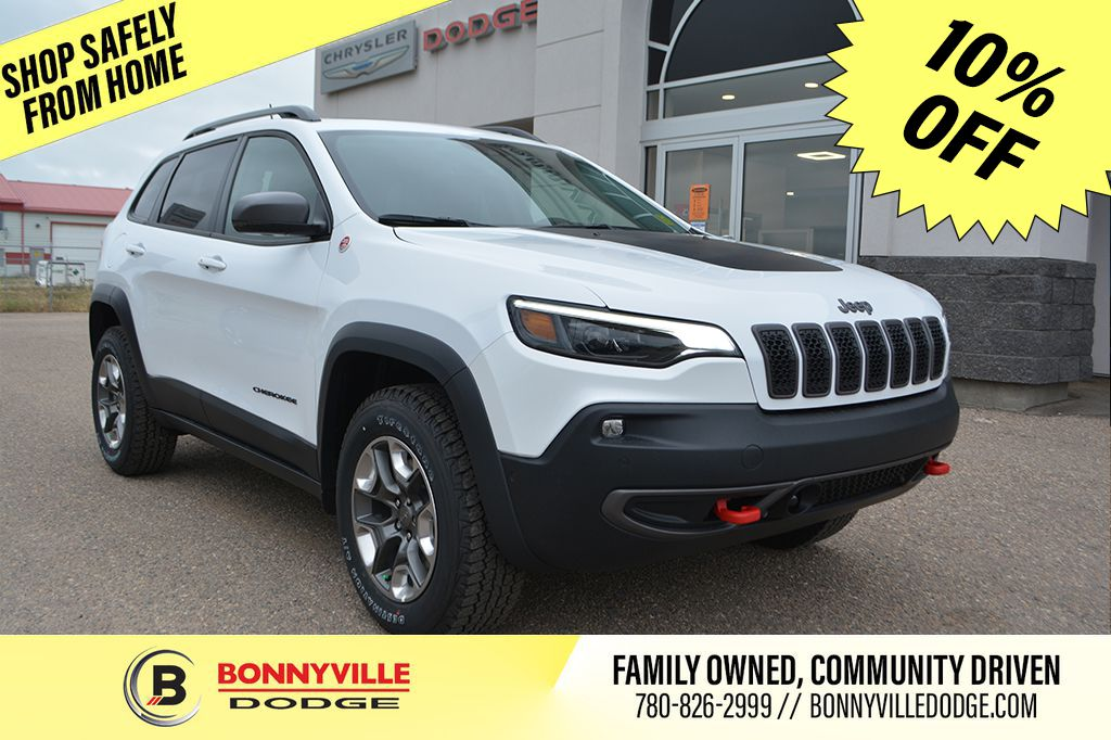 White[Bright White] 2020 Jeep Cherokee