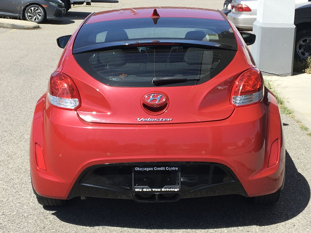 Pre-Owned 2013 Hyundai Veloster 3 Door I 6 Speed I Air Conditioning