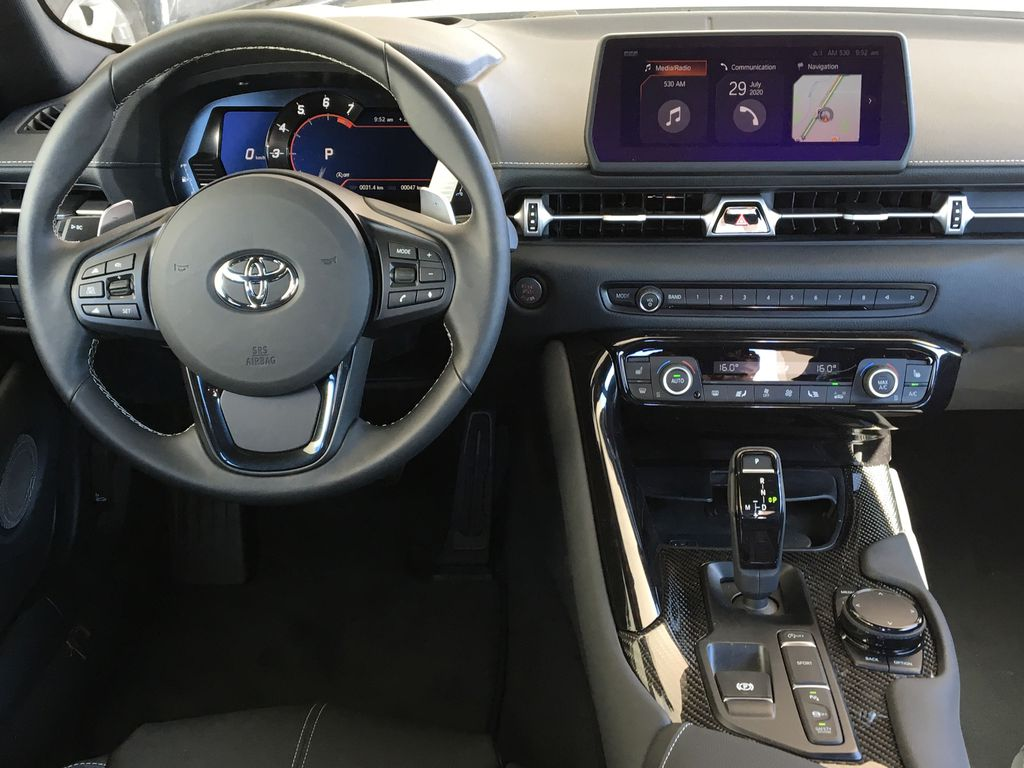 Silver[Tungsten] 2021 Toyota GR Supra 3.0 Steering Wheel and Dash Photo in Kelowna BC