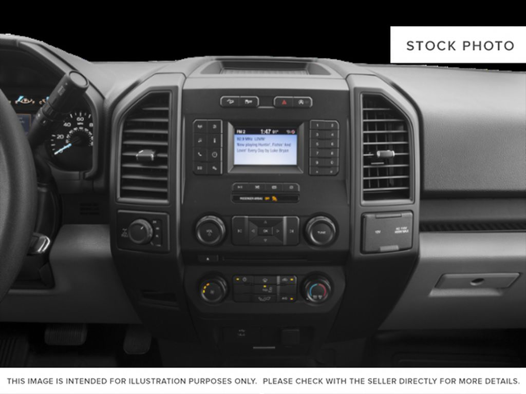 White[Oxford White] 2018 Ford F-150 Radio Controls Closeup Photo in Fort Macleod AB