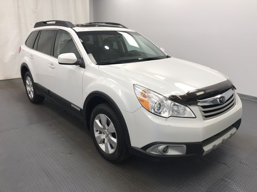 2011 Subaru Outback Left Front Head Light / Bumper and Grill in Lethbridge AB