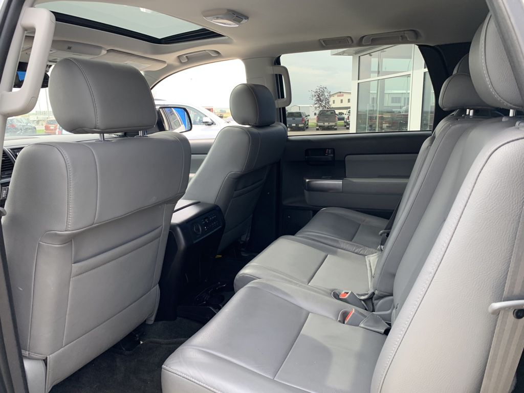White[Alpine White] 2018 Toyota Sequoia Front Vehicle Photo in Fort Macleod AB