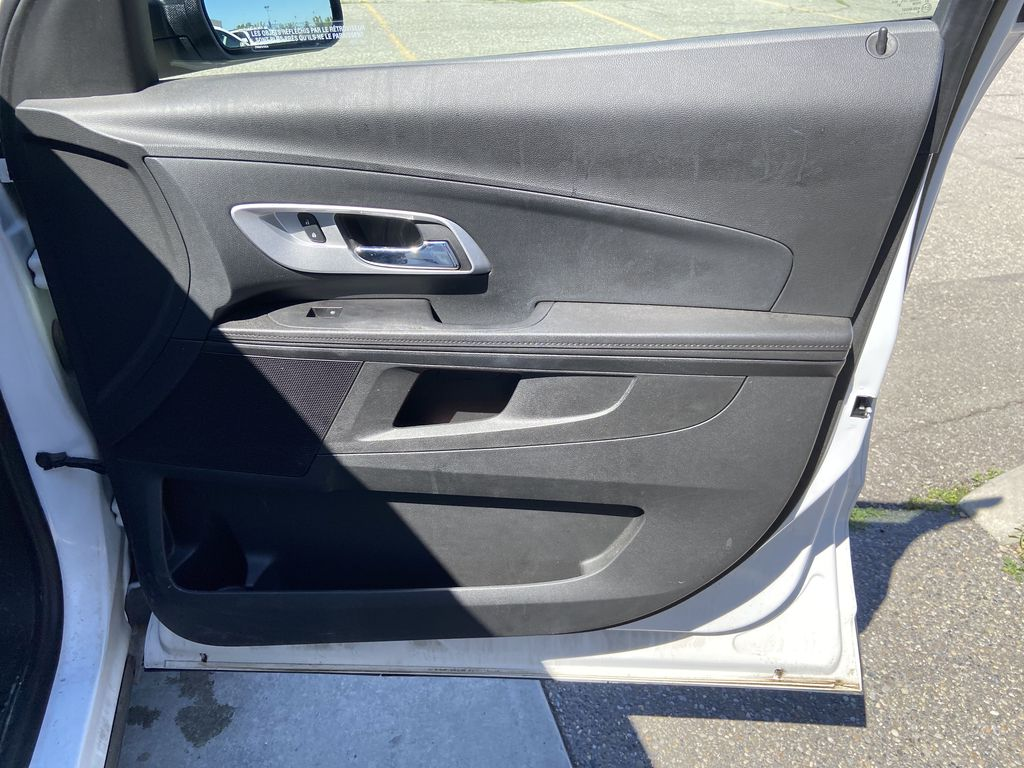 White[Summit White] 2017 Chevrolet Equinox LS Right Side Rear Seat  Photo in Calgary AB