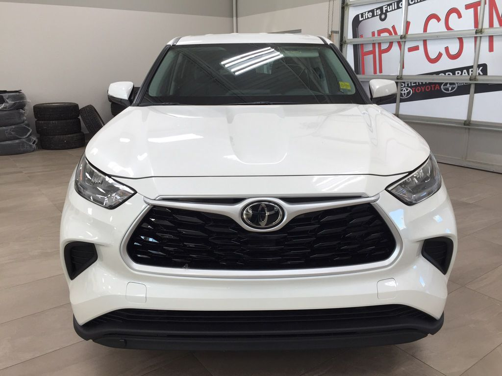 White[Blizzard Pearl] 2020 Toyota Highlander L Front Vehicle Photo in Sherwood Park AB