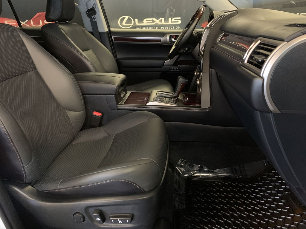 White[Starfire Pearl] 2018 Lexus GX Right Side Front Seat  Photo in Edmonton AB