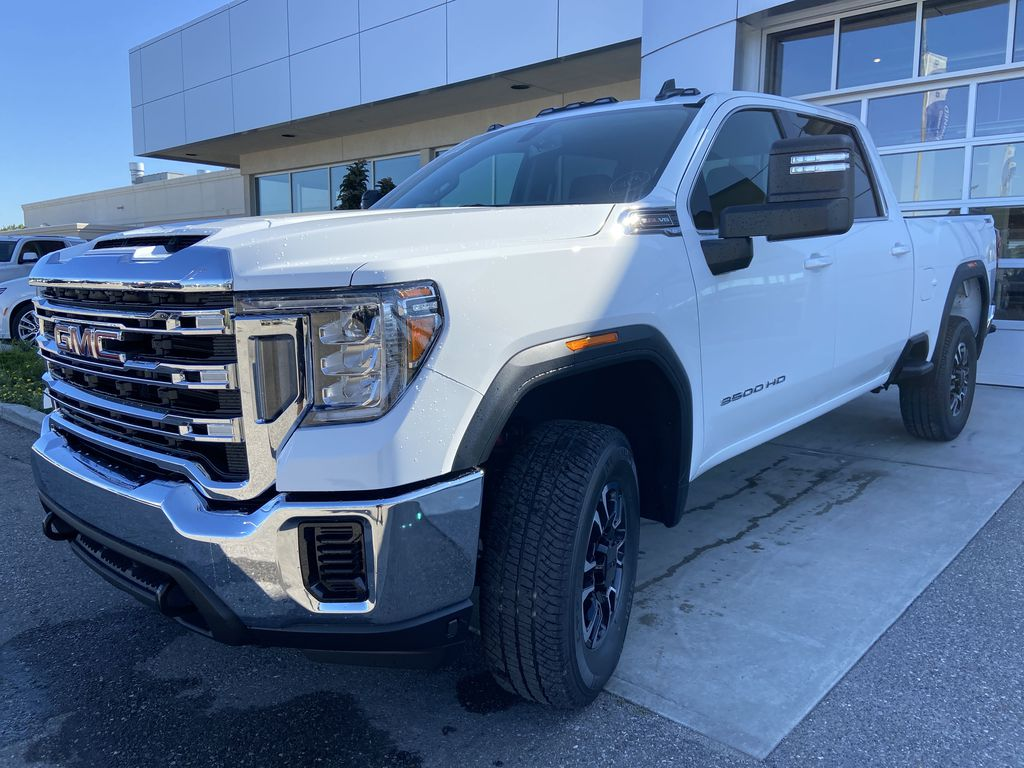 White[Summit White] 2020 GMC Sierra 3500HD SLE Left Front Head Light / Bumper and Grill in Calgary AB