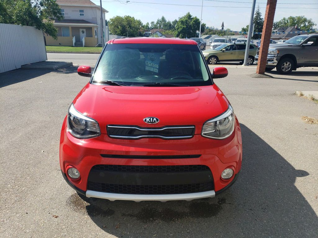 Red 2017 Kia Soul Left Front Corner Photo in Fort Macleod AB