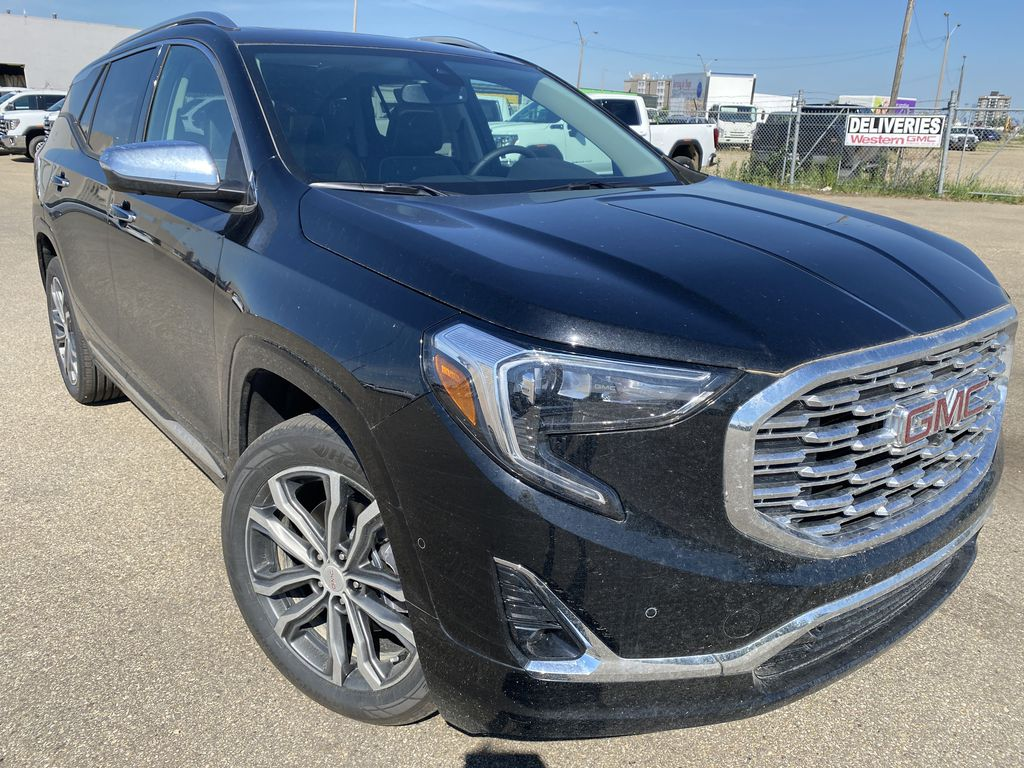 Black[Ebony Twilight Metallic] 2020 GMC Terrain