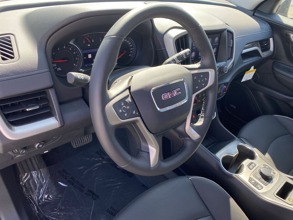 Black[Ebony Twilight Metallic] 2020 GMC Terrain Steering Wheel and Dash Photo in Edmonton AB
