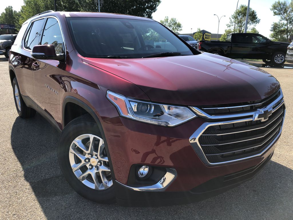 Red[Cajun Red Tintcoat] 2020 Chevrolet Traverse