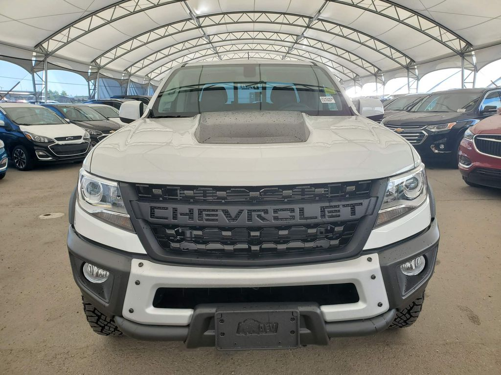 White 2020 Chevrolet Colorado Left Front Corner Photo in Airdrie AB