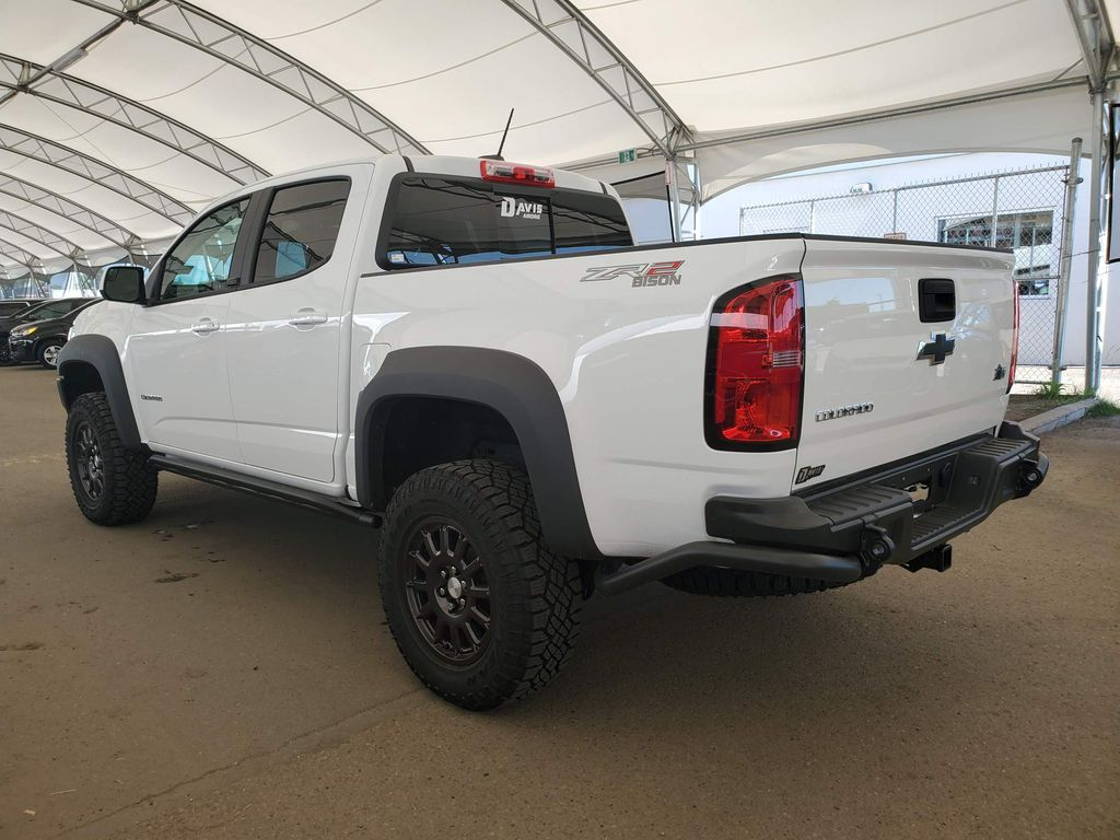 White 2020 Chevrolet Colorado Strng Wheel: Frm Rear in Airdrie AB
