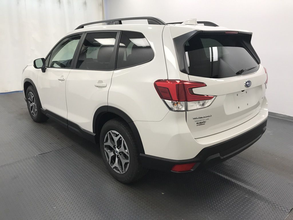 White 2020 Subaru Forester Left Front Rim and Tire Photo in Lethbridge AB