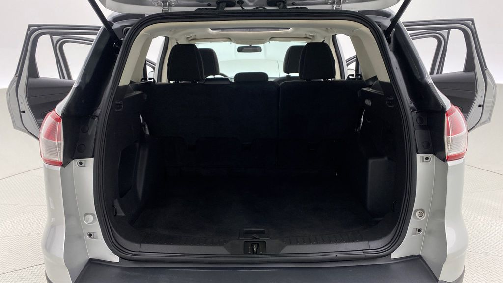 Silver[Ingot Silver Metallic] 2014 Ford Escape SE AWD - Panoramic Roof, MyFord Touch, SAT Radio Trunk / Cargo Area Photo in Winnipeg MB