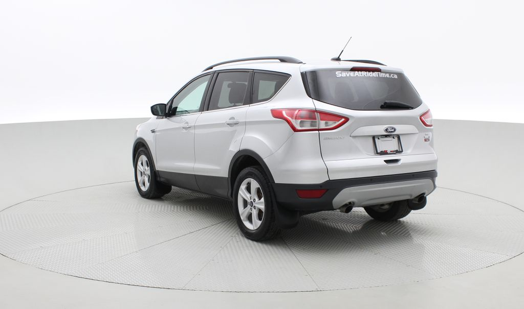 Silver[Ingot Silver Metallic] 2014 Ford Escape SE AWD - Panoramic Roof, MyFord Touch, SAT Radio Right  Rear Corner Photo in Winnipeg MB