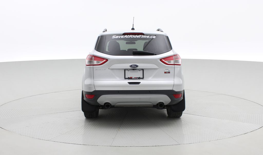 Silver[Ingot Silver Metallic] 2014 Ford Escape SE AWD - Panoramic Roof, MyFord Touch, SAT Radio Rear of Vehicle Photo in Winnipeg MB