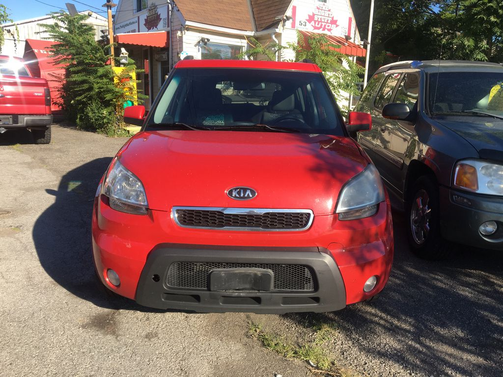 """Red[Molten] 2010 Kia Soul 4U ''FULLY LOADED''DEALER TRADE IN''DRIVES & LOOKS GREAT """""""" Front Vehicle Photo in St.Catherines ON"""