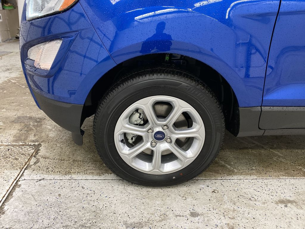 Blue[Blue Candy Metallic Tinted Clearcoat] 2020 Ford EcoSport Left Front Rim and Tire Photo in Dartmouth NS