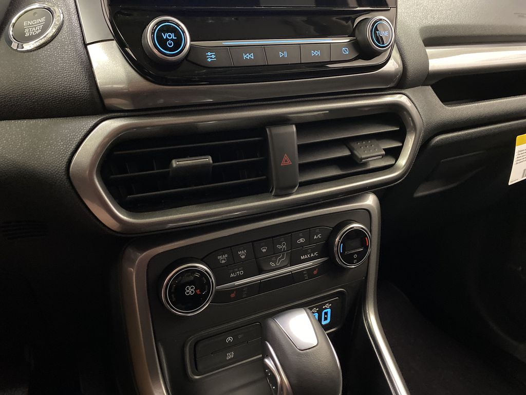 Blue[Blue Candy Metallic Tinted Clearcoat] 2020 Ford EcoSport Central Dash Options Photo in Dartmouth NS