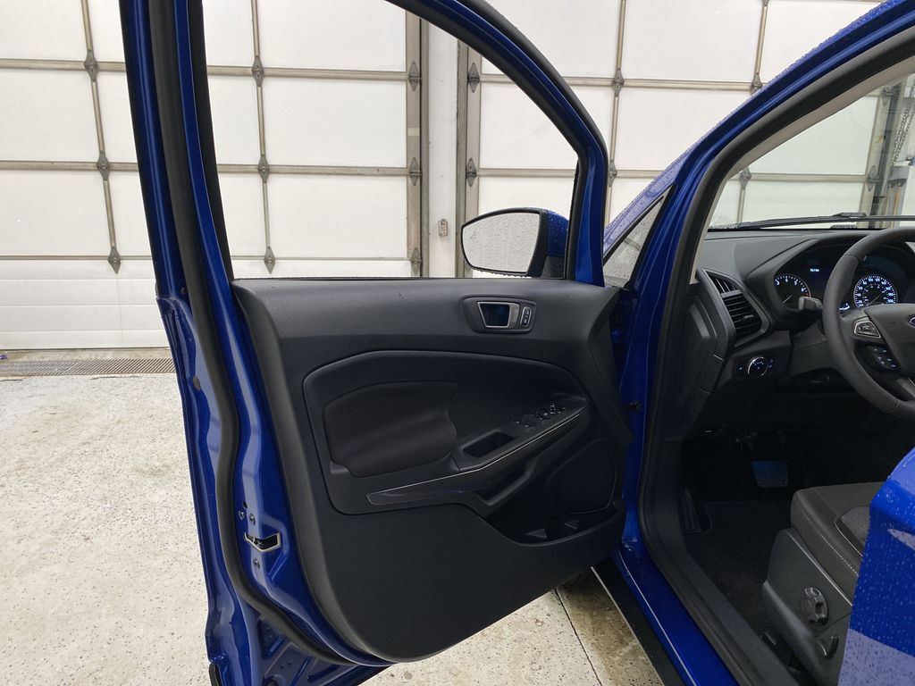 Blue[Blue Candy Metallic Tinted Clearcoat] 2020 Ford EcoSport Left Front Interior Door Panel Photo in Dartmouth NS