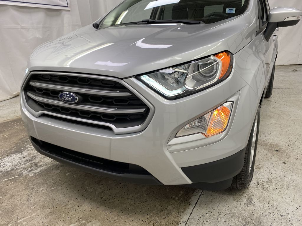 Silver[Moondust Silver Metallic] 2020 Ford EcoSport Left Front Head Light / Bumper and Grill in Dartmouth NS