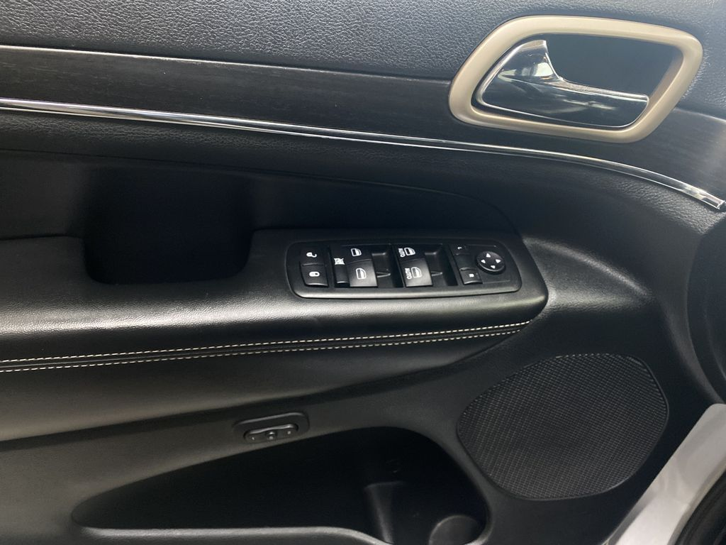 SILVER 2014 Jeep Grand Cherokee Limited - Summer/Winter Tires, Remote Start, Heated Leather  Driver's Side Door Controls Photo in Edmonton AB