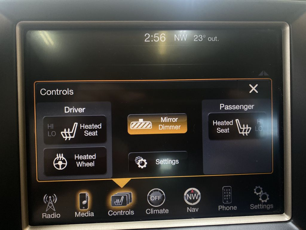 SILVER 2014 Jeep Grand Cherokee Limited - Summer/Winter Tires, Remote Start, Heated Leather Additional Photo in Edmonton AB