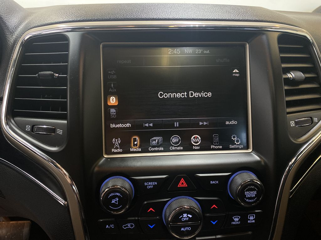 SILVER 2014 Jeep Grand Cherokee Limited - Summer/Winter Tires, Remote Start, Heated Leather Radio Controls Closeup Photo in Edmonton AB