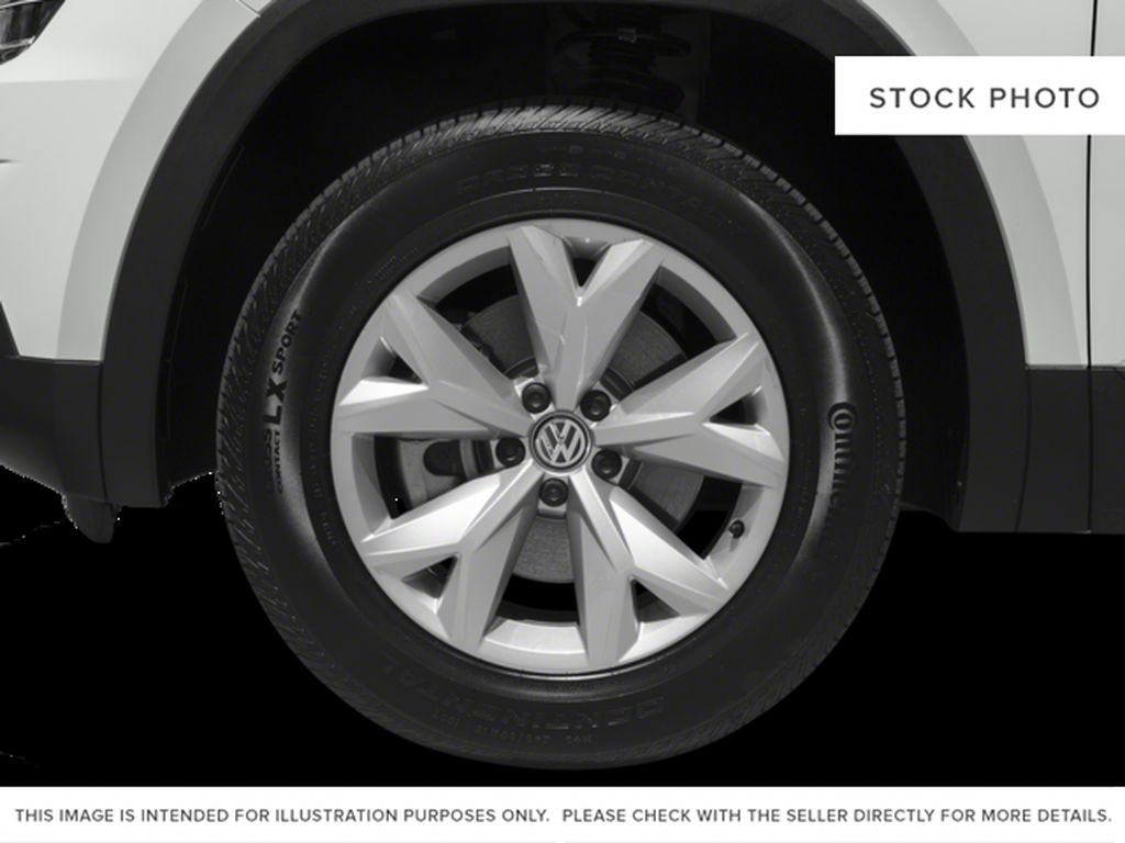 White 2018 Volkswagen Atlas Left Front Rim and Tire Photo in Lethbridge AB