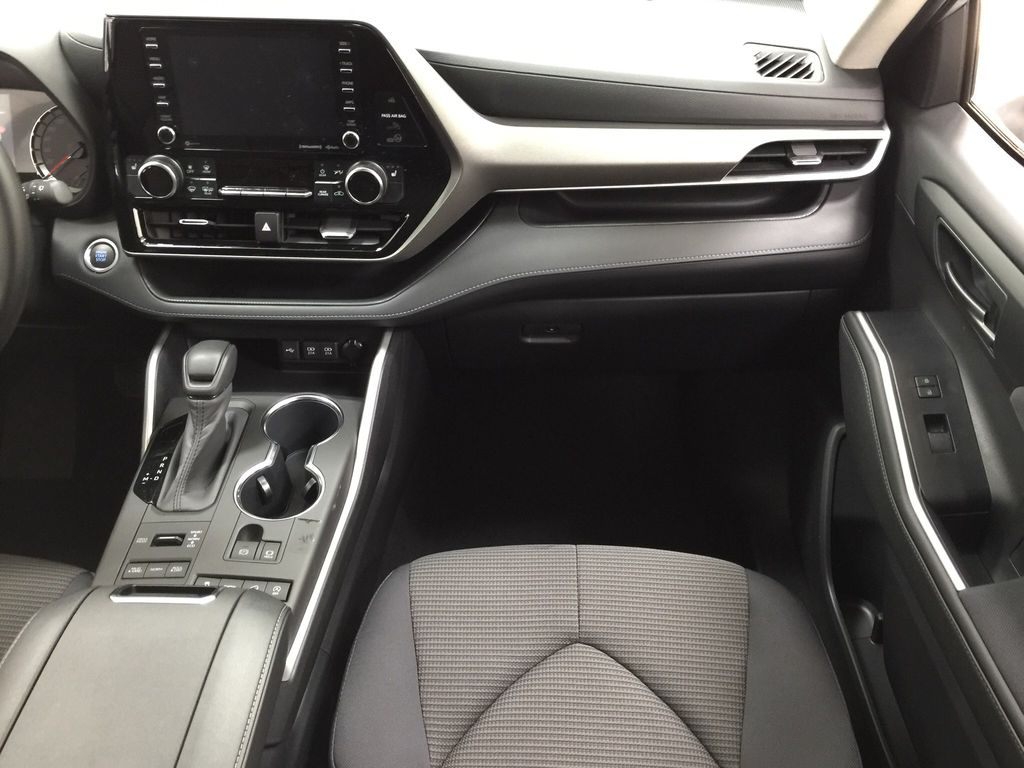 Silver[Celestial Silver Metallic] 2020 Toyota Highlander LE AWD Right Front Seat Photo in Sherwood Park AB