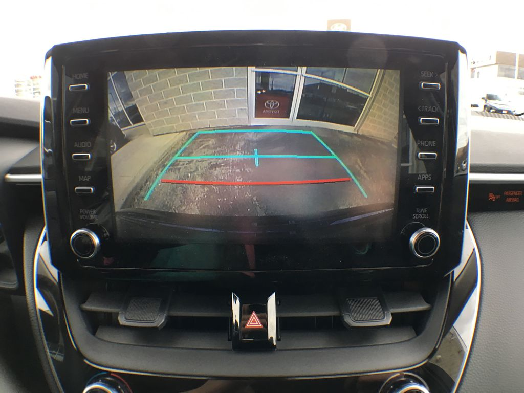 08X8 BLUEPRINT 2020 Toyota Corolla LE Standard Package BPRBLC AM Backup Camera Closeup Photo in Brampton ON