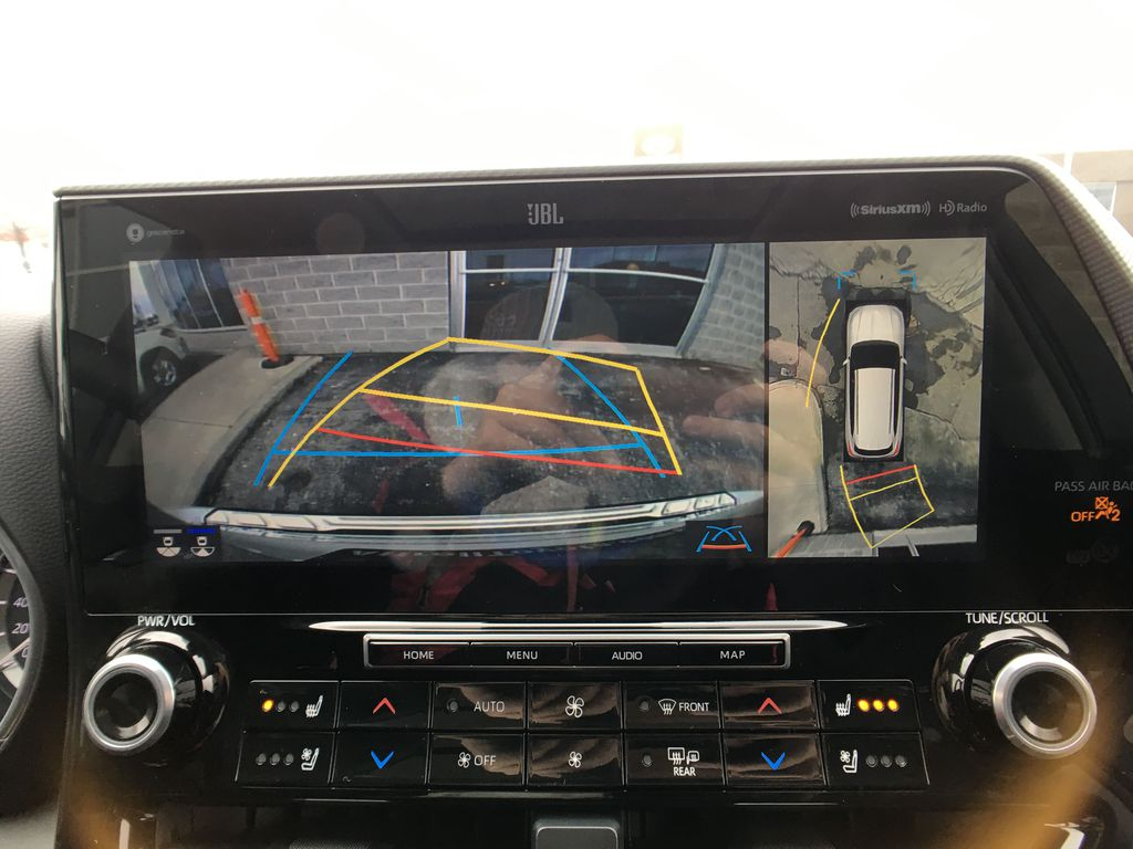 White[Blizzard Pearl] 2020 Toyota Highlander AWD Platinum Package DZRBHT BC Backup Camera Closeup Photo in Brampton ON