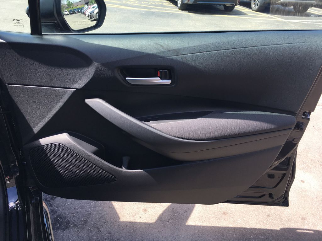 Black[Black Sand Pearl] 2020 Toyota Corolla LE Standard Package BPRBLC AM Right Front Interior Door Panel Photo in Brampton ON