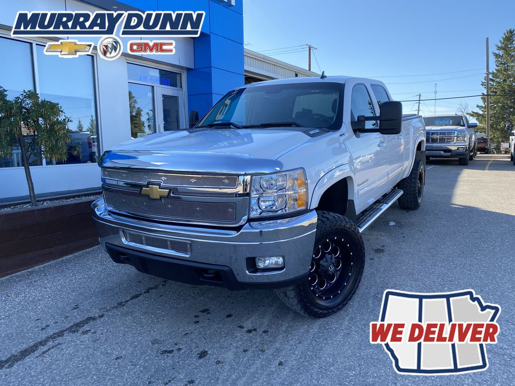 White[Summit White] 2011 Chevrolet Silverado 2500HD