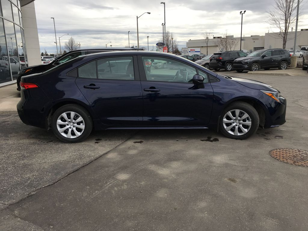 08X8 BLUEPRINT 2020 Toyota Corolla LE Standard Package BPRBLC AM Right Side Photo in Brampton ON