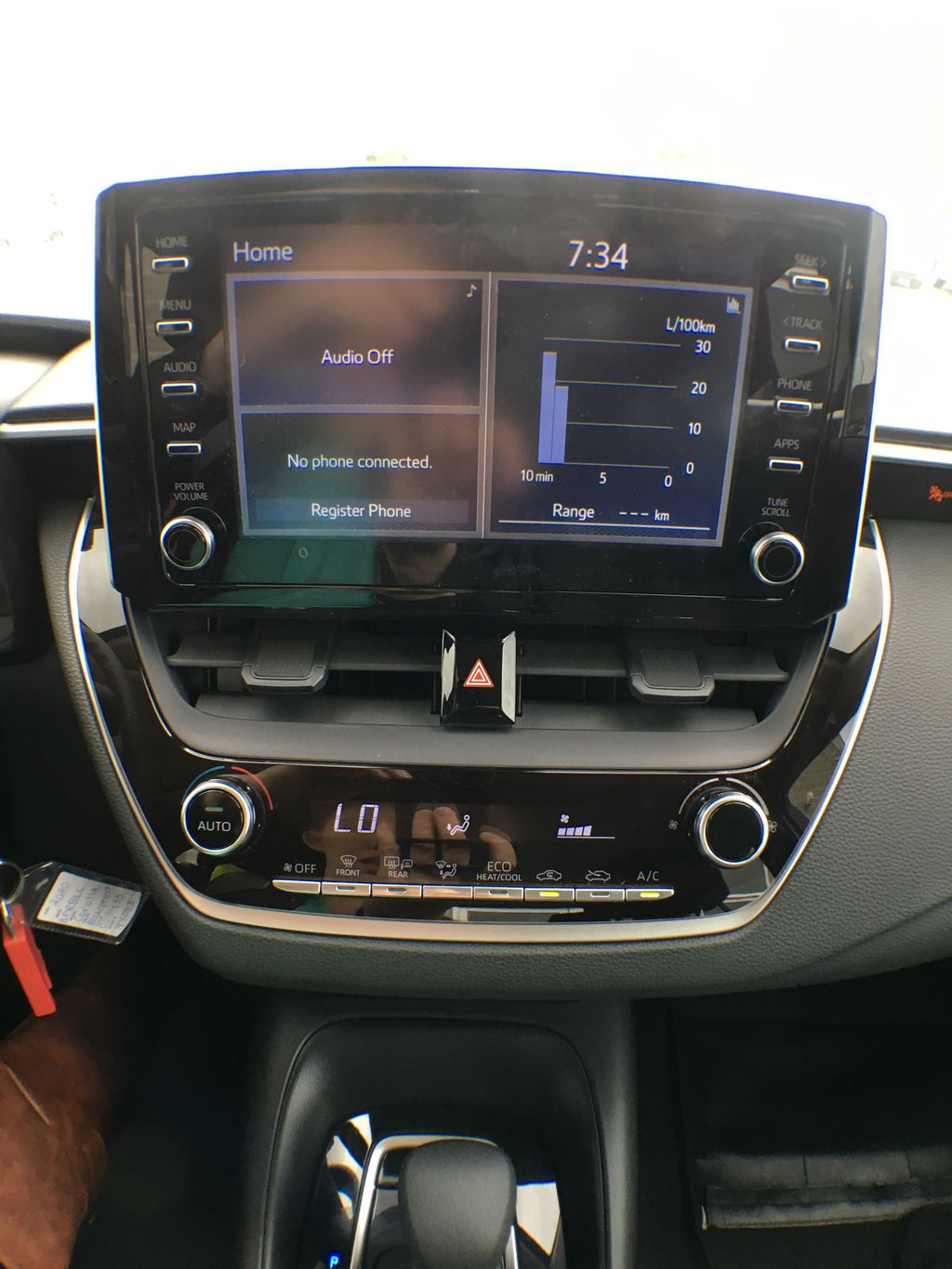 08X8 BLUEPRINT 2020 Toyota Corolla LE Standard Package BPRBLC AM Central Dash Options Photo in Brampton ON