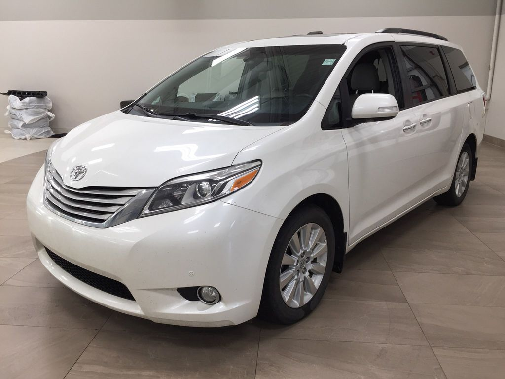 White[Blizzard Pearl] 2015 Toyota Sienna Limited AWD Left Front Corner Photo in Sherwood Park AB