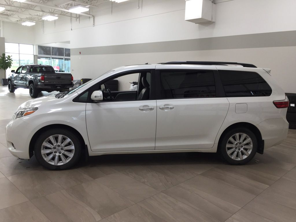 White[Blizzard Pearl] 2015 Toyota Sienna Limited AWD Left Side Photo in Sherwood Park AB