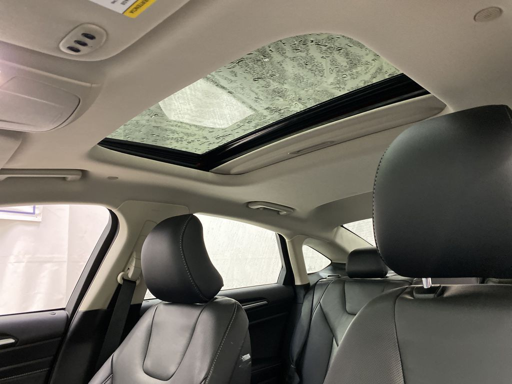2019 Ford Fusion Hybrid Sunroof Photo in Dartmouth NS