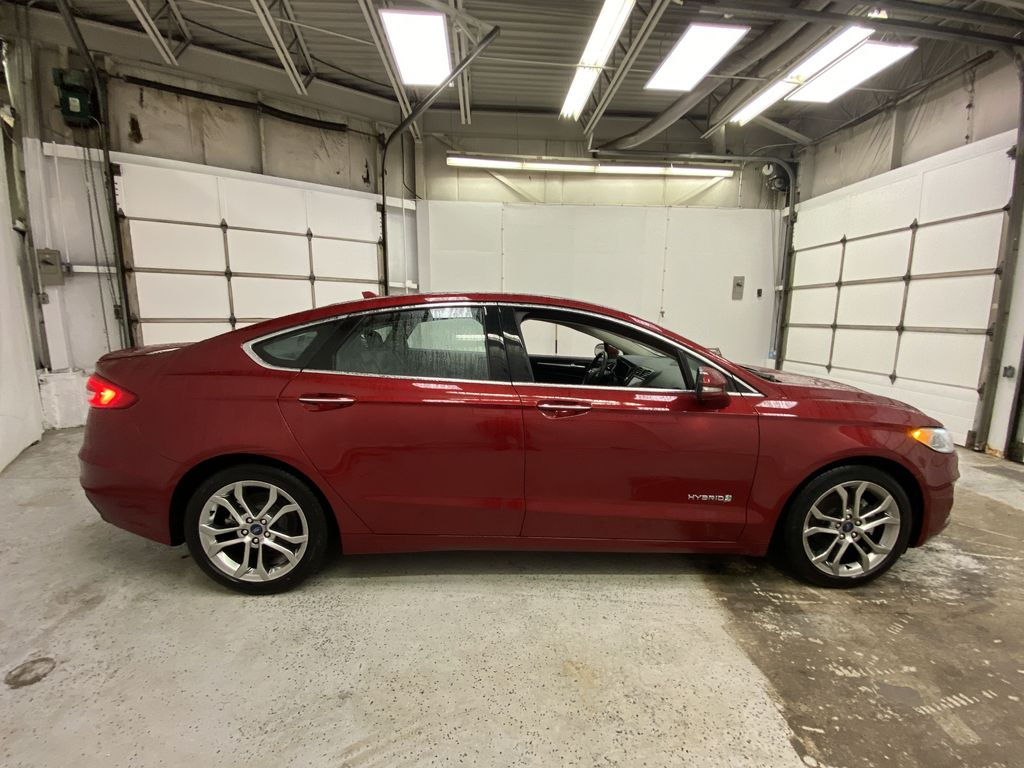 2019 Ford Fusion Hybrid Right Side Photo in Dartmouth NS