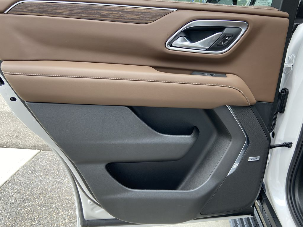 White[Iridescent Pearl Tricoat] 2021 Chevrolet Tahoe High Country Left Rear Interior Door Panel Photo in Calgary AB