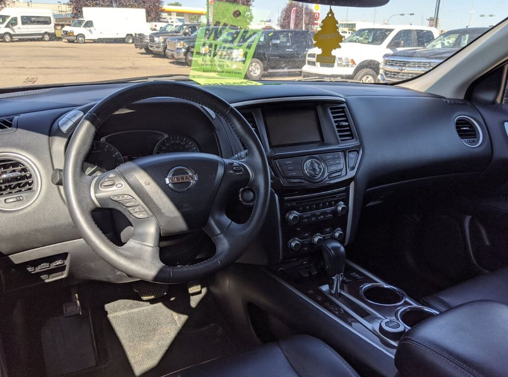 Grey 2014 Nissan Pathfinder Left Front Rim and Tire Photo in Lethbridge AB