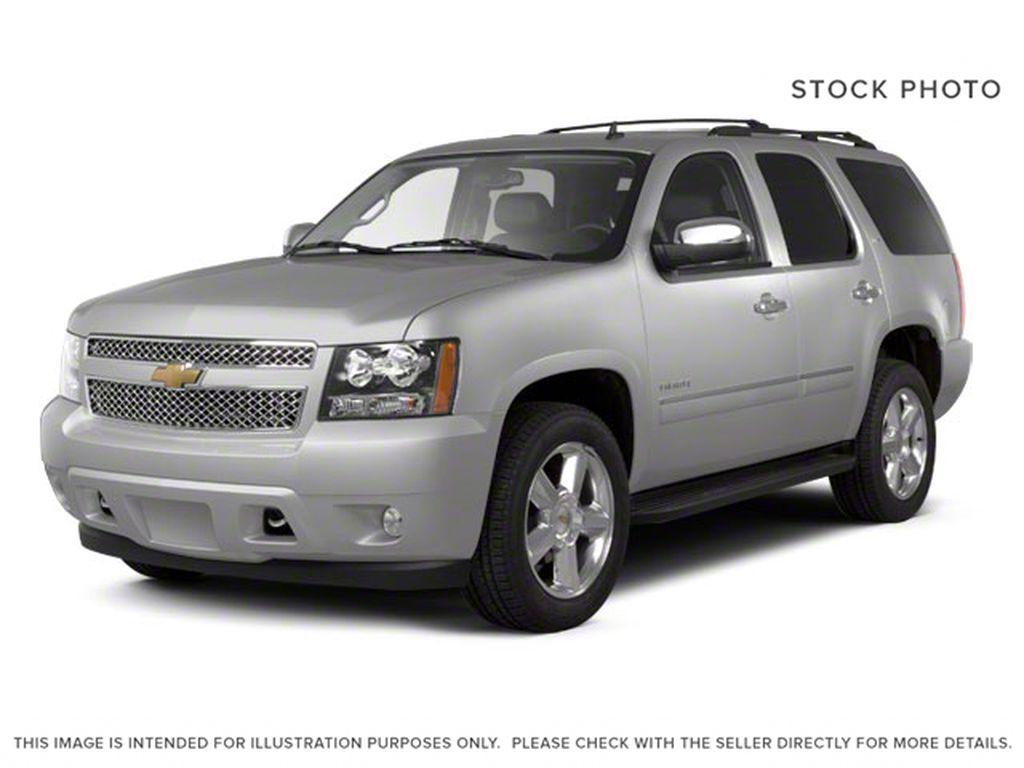 Silver[Silver Ice Metallic] 2013 Chevrolet Tahoe