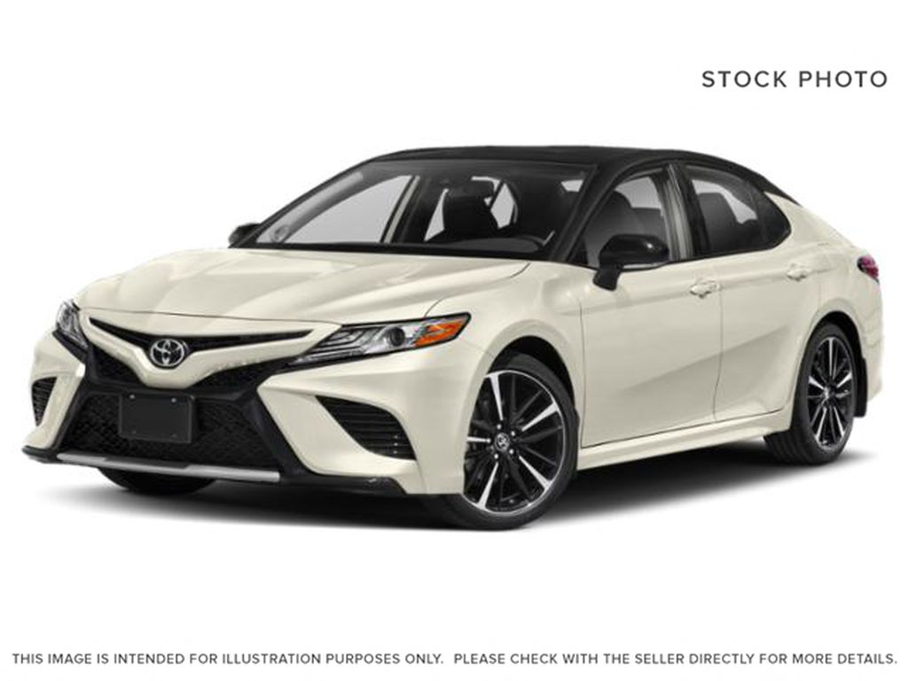 White[Wind Chill w/Black Roof] 2020 Toyota Camry XSE