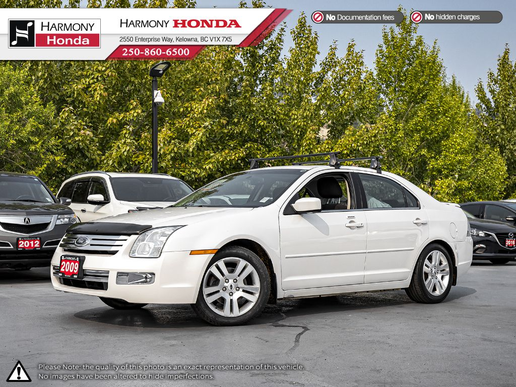 Pre-Owned 2009 Ford Fusion SEL - BC VEHICLE - ONE OWNER - SUNROOF - BLUETOOTH - NEW FRONT TIRES - FOG LIGHTS - WELL SERVICED