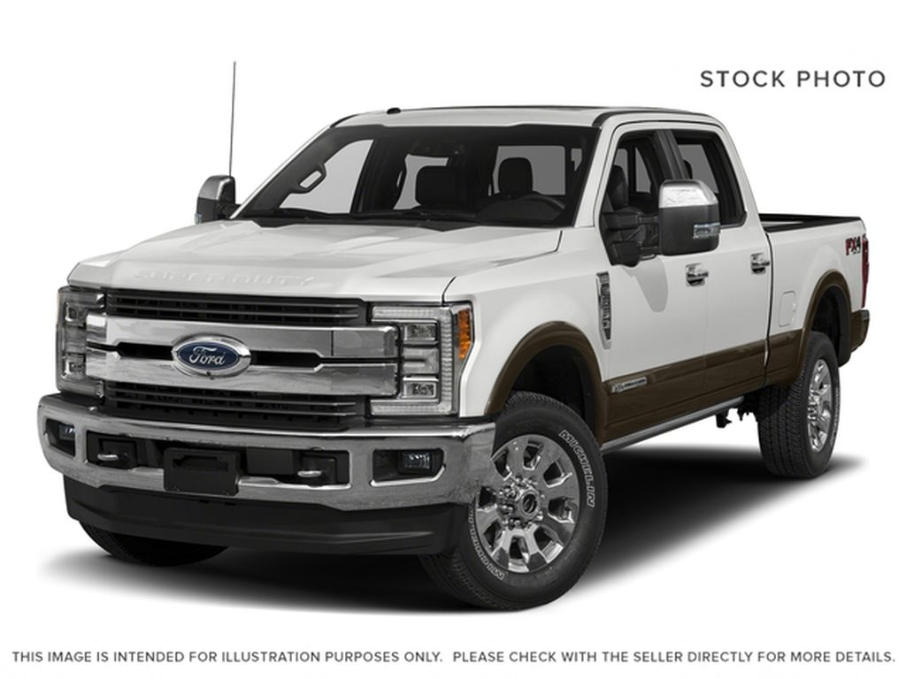 White[Oxford White] 2017 Ford Super Duty F-250 SRW