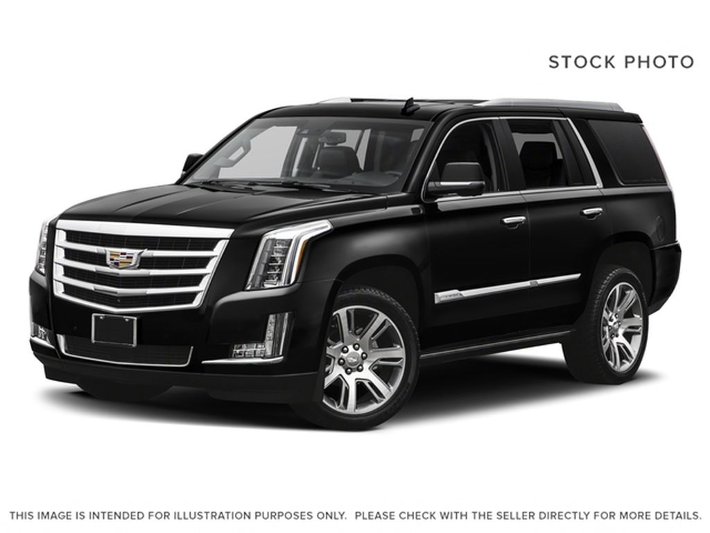 White[Crystal White Tricoat] 2017 Cadillac Escalade
