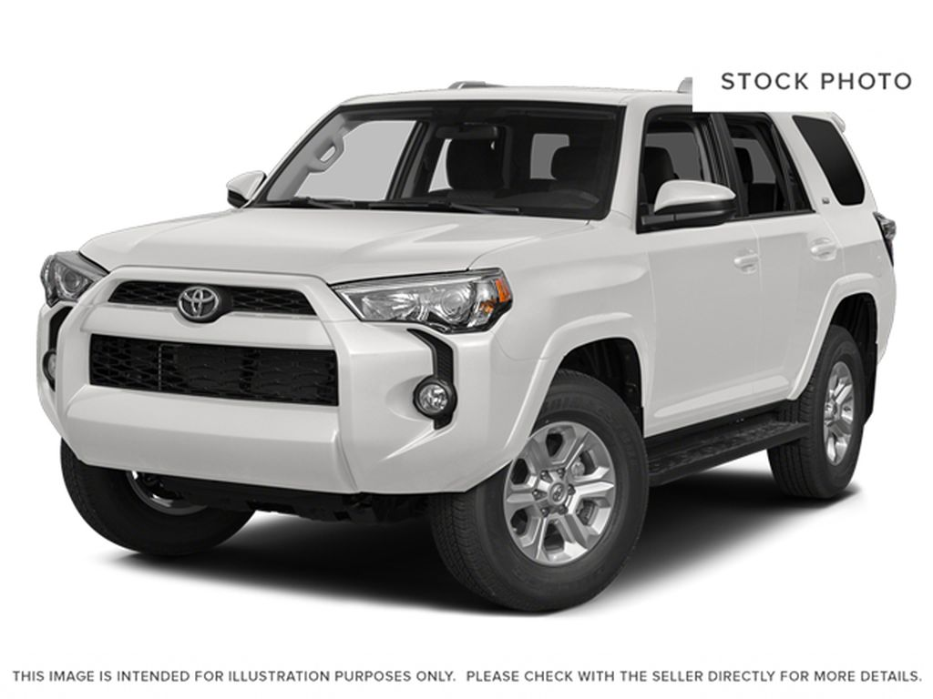 White[Alpine White] 2014 Toyota 4Runner